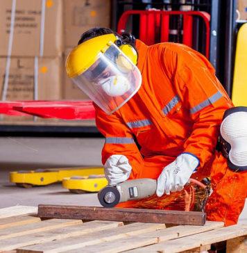 Normy odzieży roboczej i ochronnej