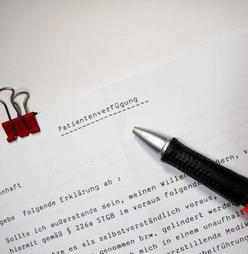 ile zarabia notariusz