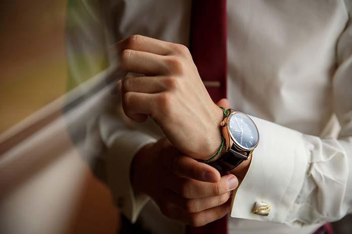 Duży, piękny i widoczny – idealny męski zegarek
