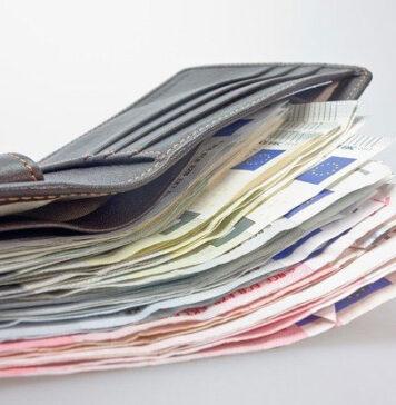 Doradztwo kredytowe - czy warto skorzystać z usług doradcy kredytowego